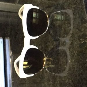 Wildfox Accessories - Wild fox sunglasses